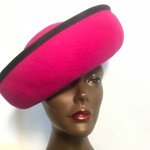 "Accessories - Vintage ""Hillary Banks"" style hat"